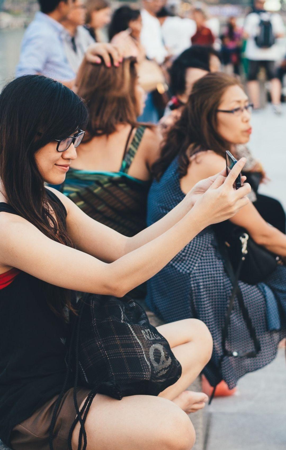La adicción a los Selfies impide la comunicación auténtica entre las personas